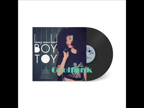 Honey Sauce Band - Boy Toy (Ourra Remix)