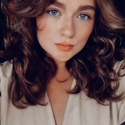 Надя Скворцова