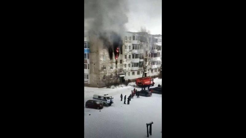В Нижней Салде газовщики спалили квартиру. Видео № 1