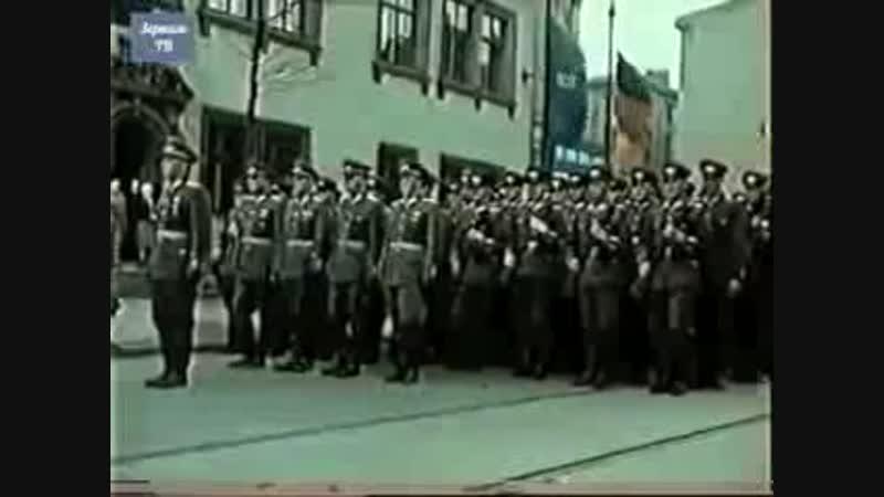 Парад_войск_армии_ГДР_Берлин_1956_Германия_кинохроника