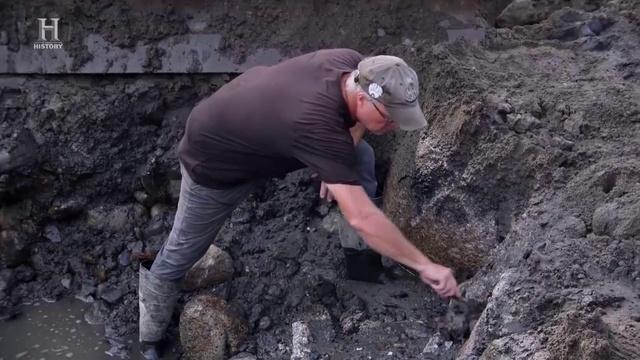 Проклятие острова Оук The Curse of Oak Island S06E10 - Fingers Made Of Stone.
