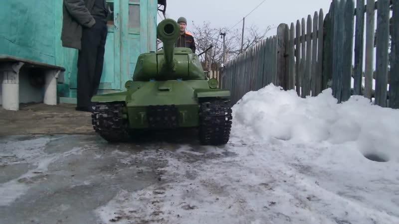 Самодельная радиоуправляемая модель танка ИС-2, в масштабе 1:6