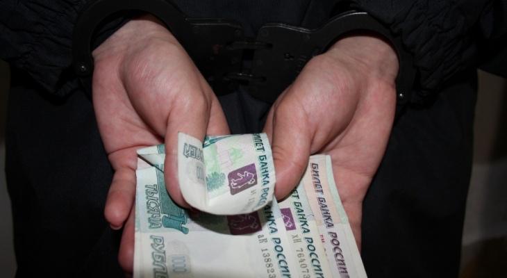 Мужчина из Кардоникской попался на краже 25 тысяч рублей