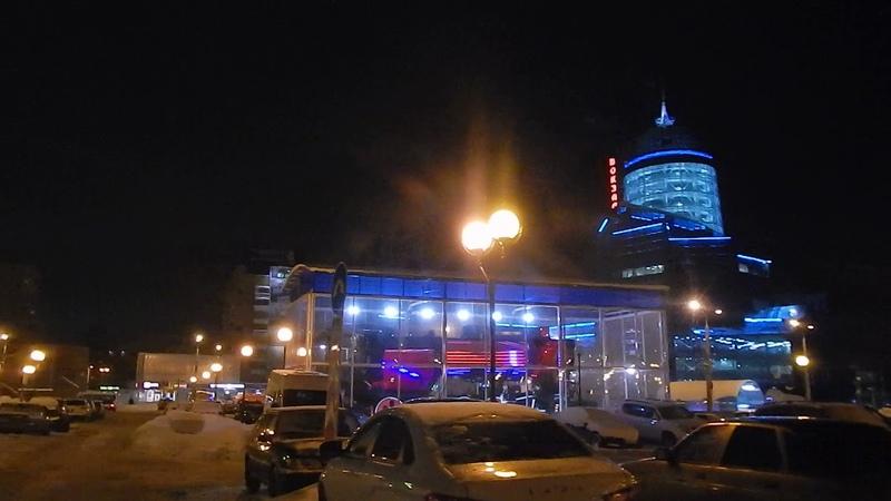 Самара Управление ЖД на привокзальной площади зимой ночью