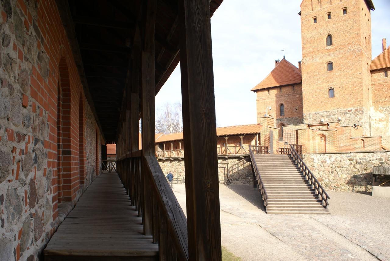 Тракайский замок - жемчужина Литвы замок, замка, можно, Тракай, почти, много, часть, Кроме, здесь, острове, полуострове, ноября, Старый, новый, другой, начале, экспозиции, Коллекция, легко, крепости