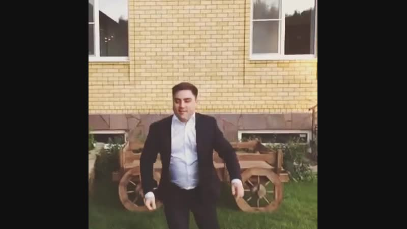 Артем Муратов Личное видео из Instagram 11.08.2015