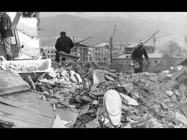 В Омске наградили тех, кто участвовал в ликвидации последствий Спитакского землетрясения