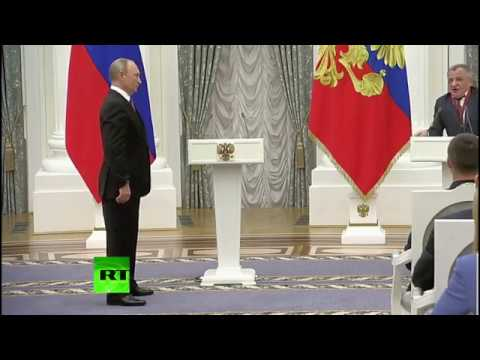Путин тайна откляченной задницы