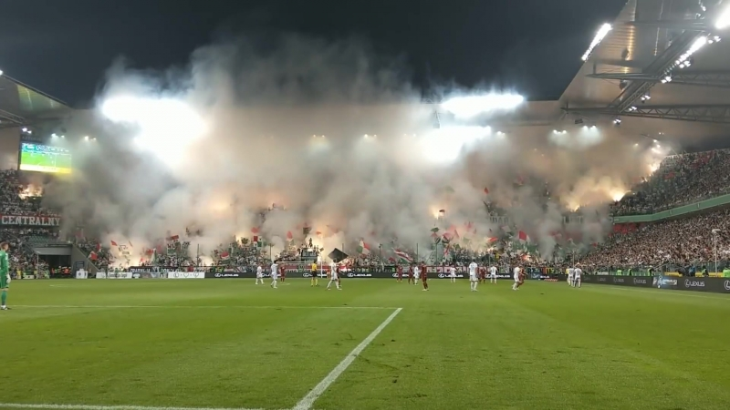 Legia - Lech Legia fans piro show