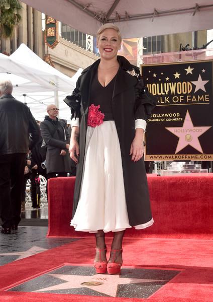 Пинк получила звезду на голливудской аллее славы