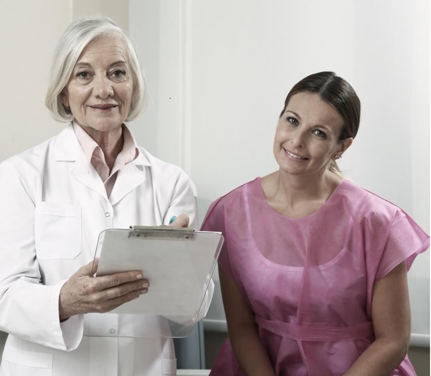 Женщины, у которых проблемы с беременностью, естественно, могут использовать оплодотворение in vitro для зачатия.
