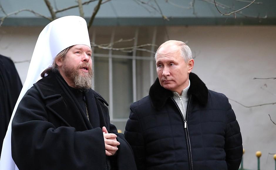 """Александр Солдатов """"Есть ли шансы у Тихона Шевкунова не стать патриархом?"""""""