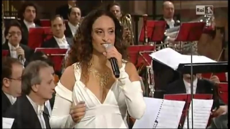 Nicola Piovani - 'Beautiful that way' (Прекрасный путь) - Noa (Achinoam Nini) - Concerto di Natale da Assisi 2010