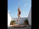 Лесли Лили pole dance