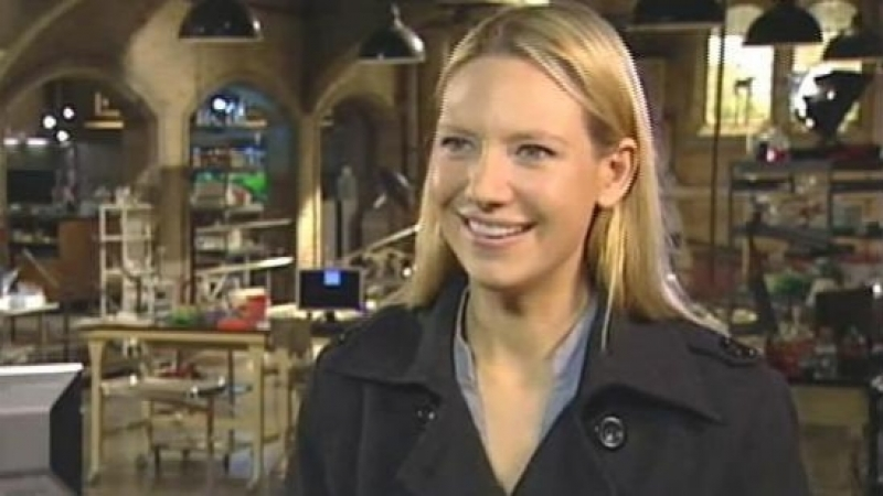 Exclusive Interview with Anna Torv of Fringe