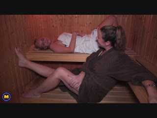 Its getting steamy hot at the sauna with eva jayne and karis  - http://www.vidz7.com
