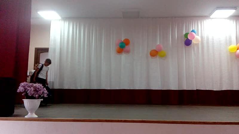 танец 5 класс Мы маленькие дети