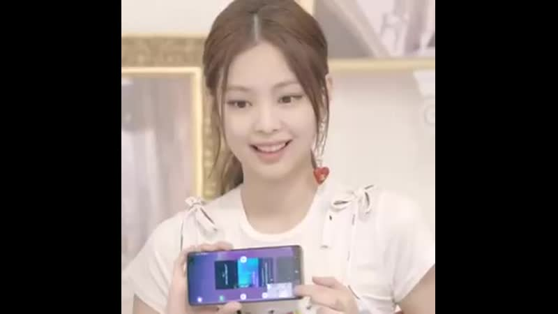 She was trying to press the hearts on vlive