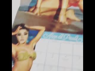 Девушка нашла календарь своего парня, в который он вклеил лицо своей девушки (VHS Video)