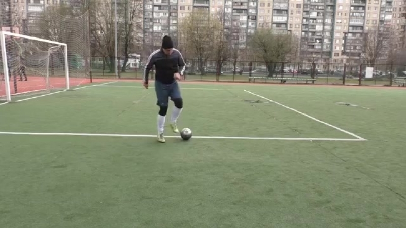 Футбол. Контроль мяча 3 и 4 _ Football. Ball control. Dribbling