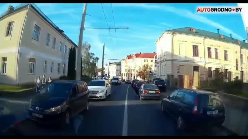 Как уступают скорой в Беларусии город Гродно