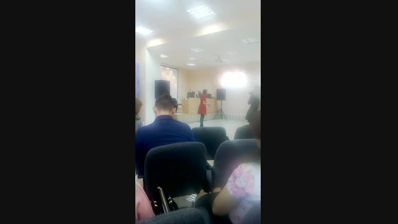 Аврамчик Снежана «Виноградная лоза» (авторское стихотворение)