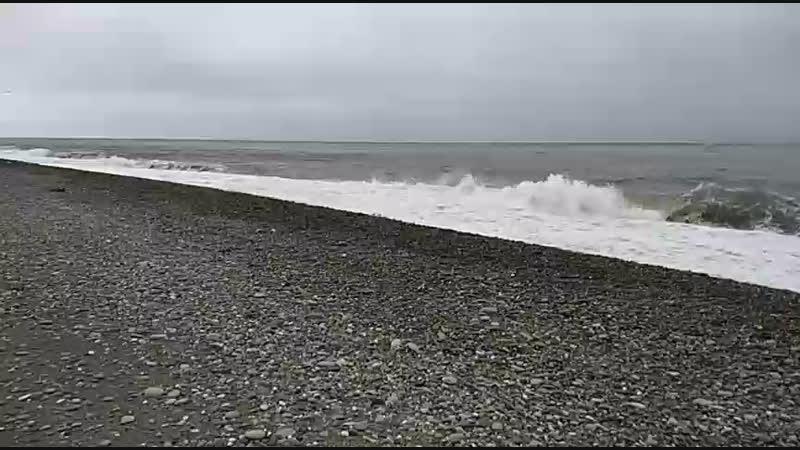 АДЛЕР Море. Пляж Огонёк. 25.12.2018