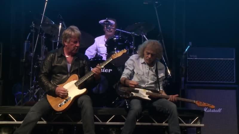 Status Quo - Live at Wembley Arena (2013)