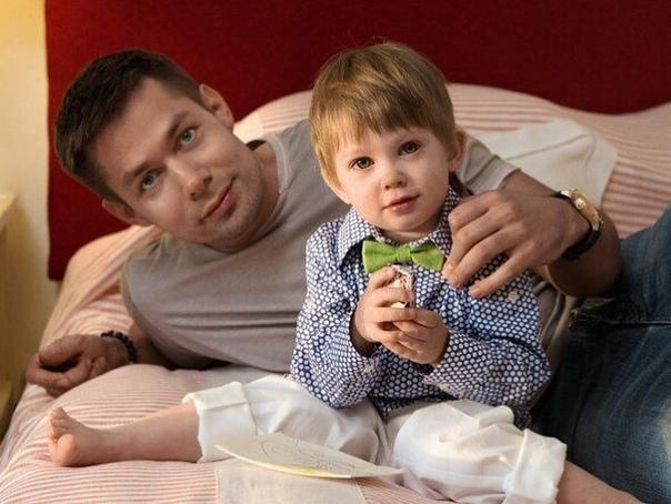 Стас Пьеха поделился снимком с сыном!