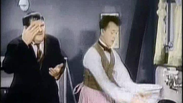 Laurel Hardy - HelpMates(Colour) Eng
