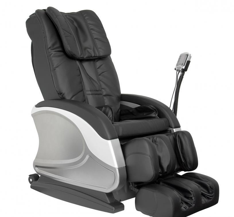 Массажное кресло со встроенной функцией массажа могут быть полезны для пациентов с болями в спине.