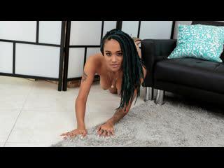 Julie kay - penetrate my pantyhose [brazzers. big tits, blowjob, ebony, interracial, hairy, stocking