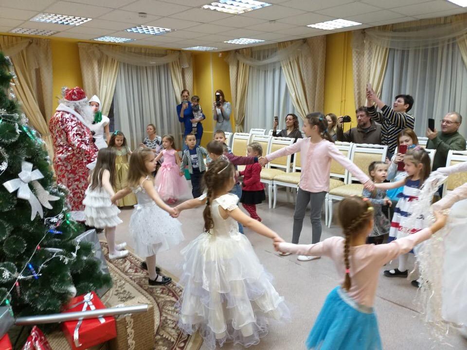 Сказку «Новогодний переполох» показали в Некрасовке