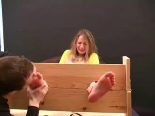 Mandy Feet Tickling
