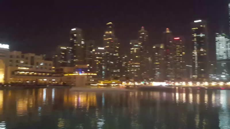 Танцующие фонтаны Дубай