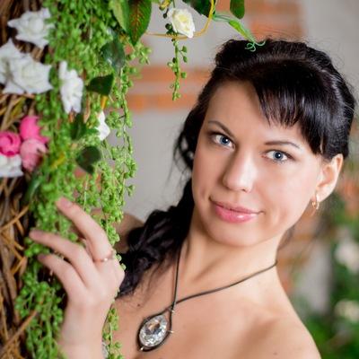Оля Злотникова