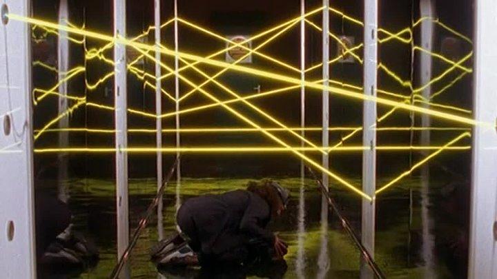 Электронные жучки Bugs (4-й сезон, 9-я серия - Охота за деньгами) (1998-1999) (сериал, фантастика, боевик, криминал)