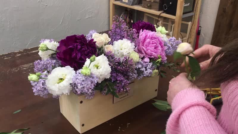 Flowers wood Цветочная композиция с пионами