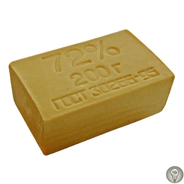 Уникальные свойства хозяйственного мыла: 11 необычных секретов применения. Когда-то дома у каждой хозяйки всегда лежал брусочек хозяйственного мыла. Но его использовали не только для стирки.