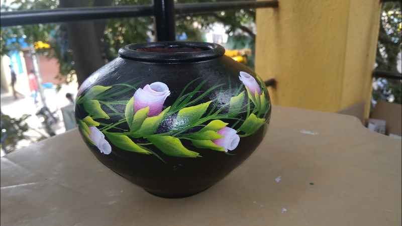 One stroke painting on pot