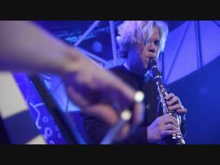 Green Day Boulevard of broken dreams (By Sasha Grace) LIVE