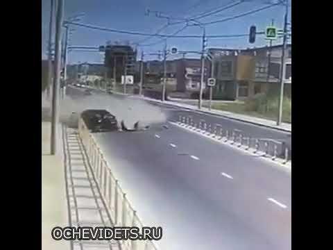 Авария на трассе Махачкала - Каспийск.. Лада приора Toyota Camry