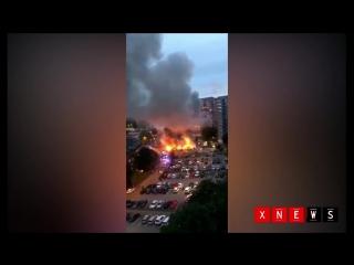 Около 88 автомобилей сгорели или пострадали в пожарах минувшей ночью в городах Гетеборг и Тролльхеттан на западе Швеции.