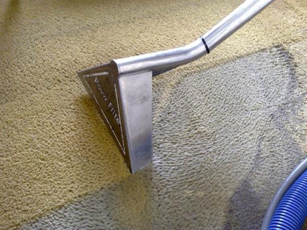 Как чистить ковровое покрытие
