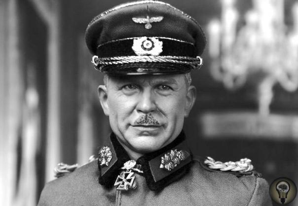 «Немецкому солдату коварные уловки были чужды» Генерал-полковник германской армии Хайнц Гудериан написал труд «Танки вперед!», в котором обозначил приемы, коварные и вводящие противника в