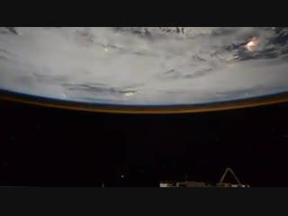 Кругосветное путешествие по планете. Таймлапс от командира Международной космической станции Олега Кононенко!