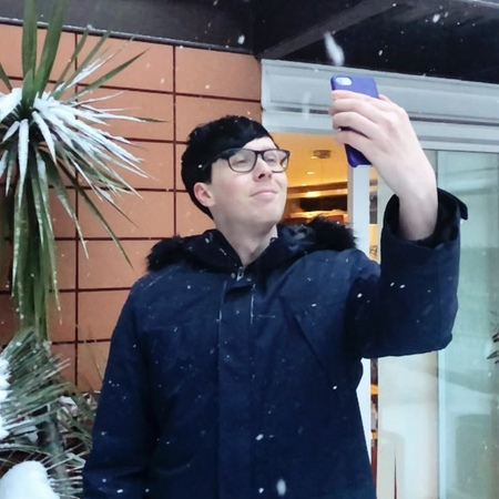 """Daniel Howell on Instagram: """" thought i'd help improve @AmazingPhil's selfie by adding more snow """""""