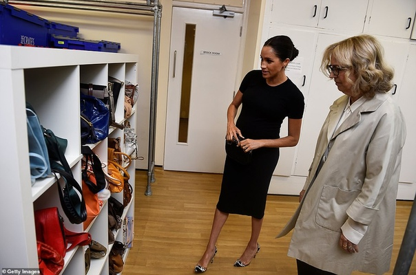 Меган Маркл посетила мастерскую фонда Smart Wors, чьим покровителем была объявлена