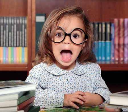 Книги о Гарри Поттере помогли сделать круглые очки популярными для детей.