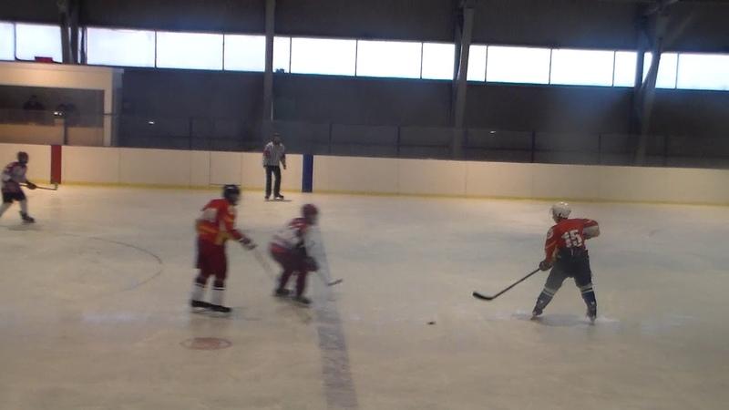 Хоккей в Буе. Планета(Буй)-ХК Шунга(Костромская обл.).2.12.2018. (ч.1)
